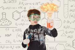 A kémiát is megszerethetik a diákok (Fotó: Pixabay)