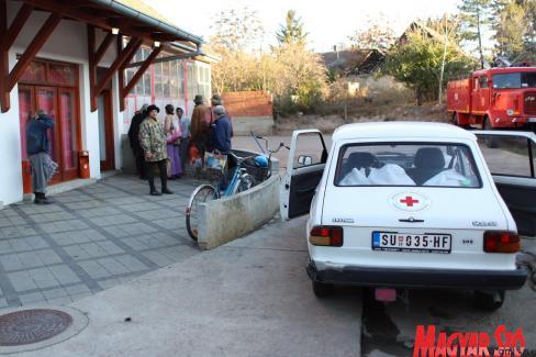 A 65 évesnél idősebb személyek házhoz kapják a napi egytálételt (Fotó: Lakatos János)