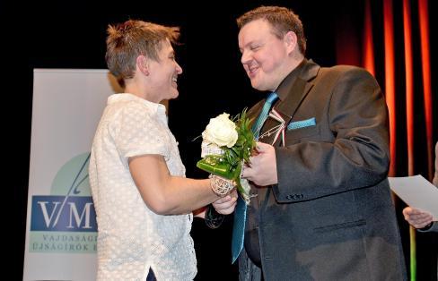 A VMÚE díját Máriás Endre, az egyesület elnöke adta át (Gergely Árpád felvétele)