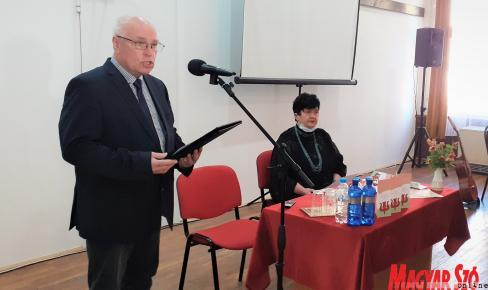 Hajnal Jenő, az MNT elnöke megnyitja a néprajzi vonatkozású, tudományos tanácskozást (Fotó: Kazinczy Paszterkó Diana)